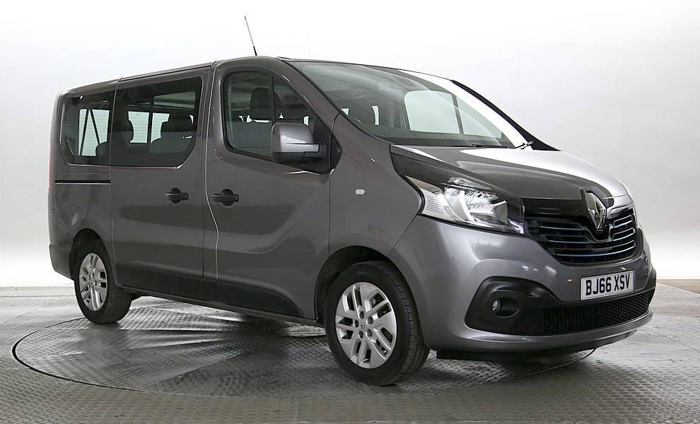 Renault Trafic (Minibus) - Cargiant